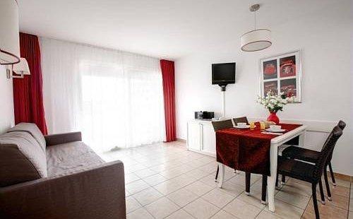 Adagio monaco palais jos phine hotel monaco r servez au for Meilleur prix hotel